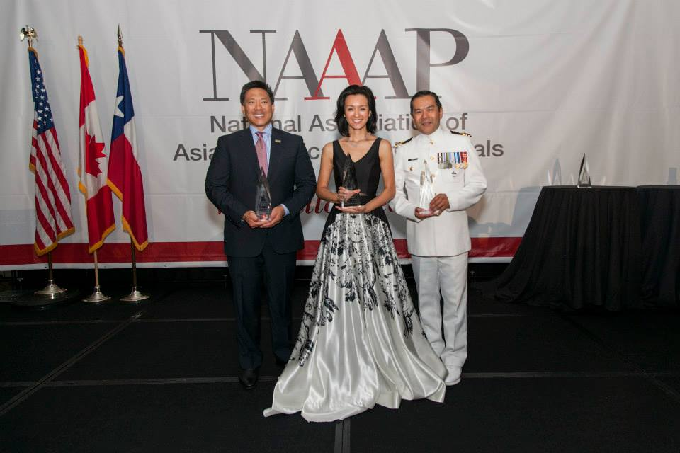 2015 NAAAP 100 Award Honorees. Photo courtesy of Sam Hsu.